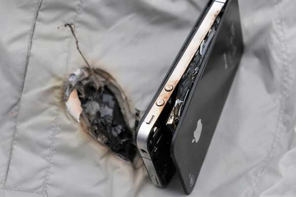 iphone explodes while charging iphone 4 exploded while charging china org cn 15257