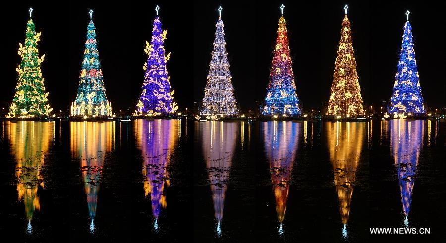 Christmas In Brazil.Giant Tree Lit For Christmas In Brazil China Org Cn