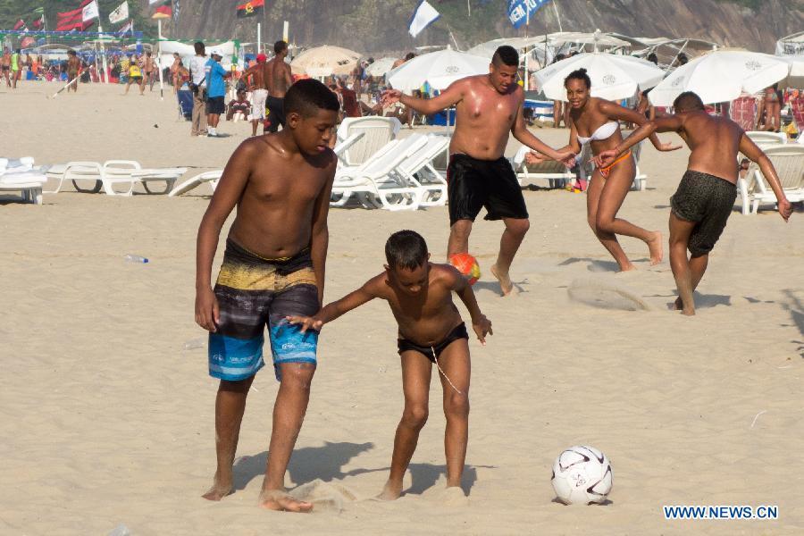 A High Temperature Reaching 35 Degrees Celsius About 95 Fahrenheit Hit Rio On Saturday Xinhua Xu Zijian