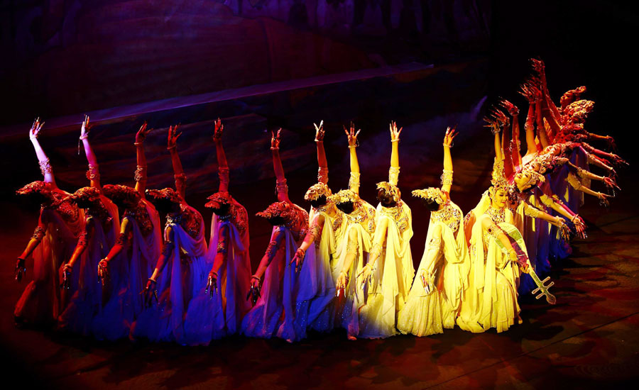 Chinese classic dance drama hits london stage for Classic dance tracks