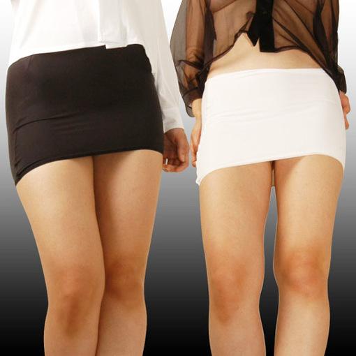 英一中学禁止女生穿超短裙 China