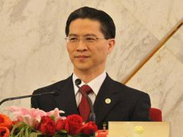 Professor Zhou Hanmin, Vice Chairman of the China National Democratic Construction Association.