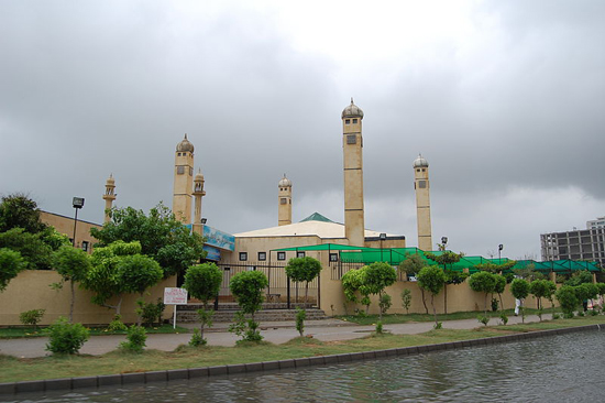 Karachi, Pakistan, one of the 'top 10 cheapest cities in the world' by China.org.cn.
