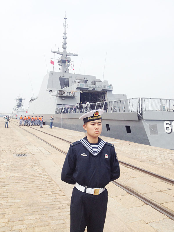 A Singaporean vessel docks in Qingdao, East China's Shandong province, April 20, ahead of a multinational drill which is expected to take place on April 23. [Photo by Peng Yining/China Daily]