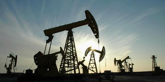 найти фото нефть