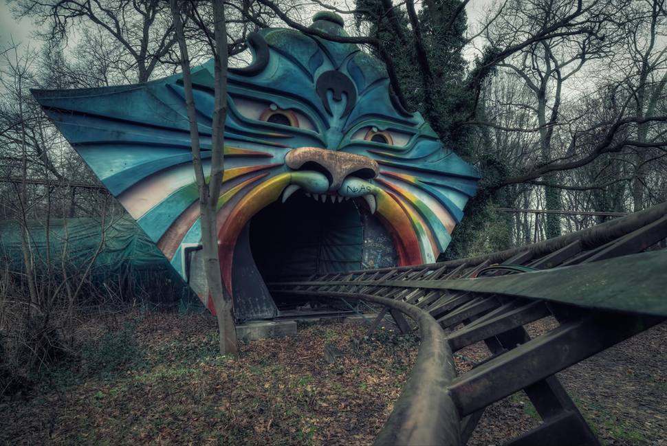 8 eerie abandoned places in the world china org cn