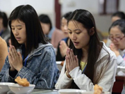 50 people to experience monastic life in Nanjing
