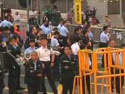 Bailiffs start to clear occupying area in Mong Kok