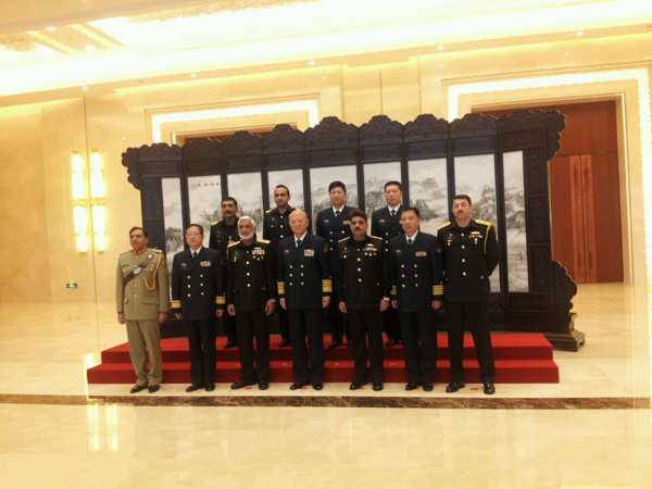 Admiral Muhammad Zakaullah, Chief of the Naval Staff, arrives in Beijing on an official visit to China at the invitation of Admiral Wu Shengli Cdr PLA(Navy) and meets him in Beijing Wednesday. [Photo/China.org.cn]