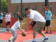 Former NBA star trains youngsters in Shanghai