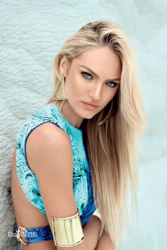 Candice Swanepoel, one of the 'Top 10 hottest women in the world 2015' by China.org.cn.