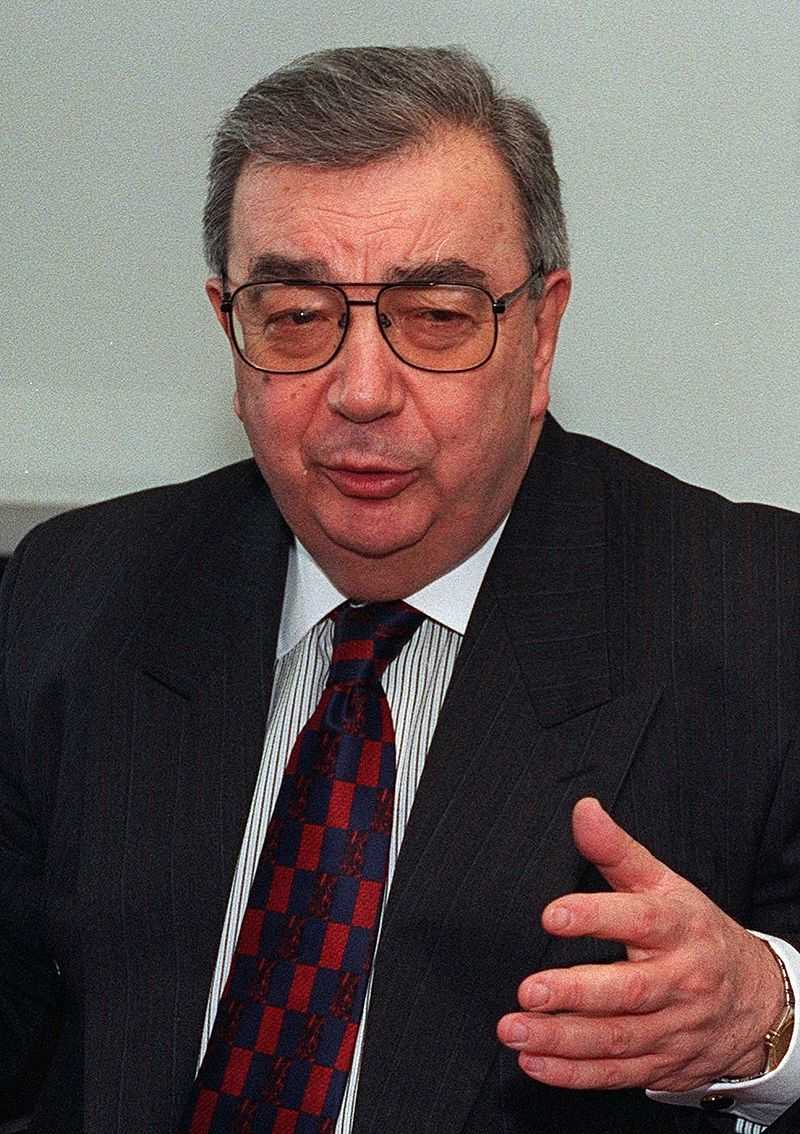 prime minister yevgeni primakov and the characteristics of a leader Former prime minister of russia  media in category yevgeny primakov  file-leaders of the state duma factions 5 jan 2000jpg 500 × 334 .