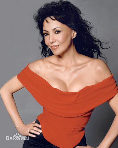 Marie Helvin, one of the 'top 10 super models over 60 years old' by China.org.cn.