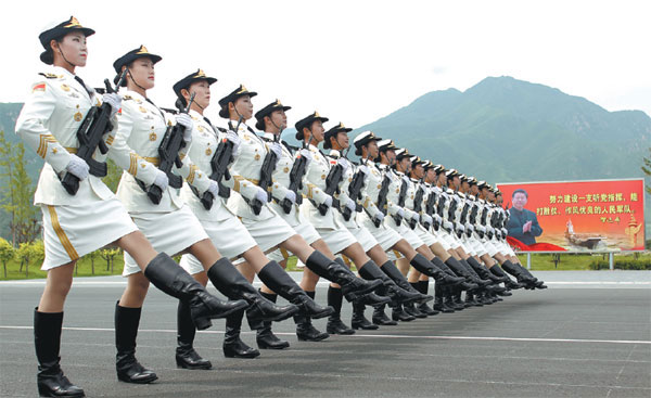 Military uniforms to march with times- China.org.cn