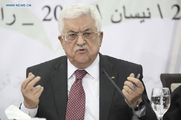 Palestinian President Mahmoud Abbas speaks during the meeting of the Central Council of Palestine Liberation Organization (PLO) in the West Bank city of Ramallah on April 26, 2014. [Photo/Xinhua]