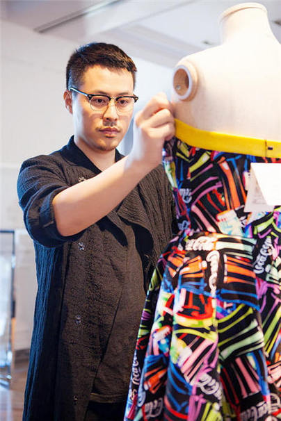 China Designer Clothes | Chinese Designer Christopher Bu Eyes On Red Carpet China Org Cn