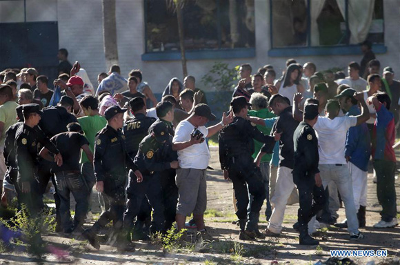 Guatemalan Jail Gang Riot Leaves 17 Dead China Org Cn