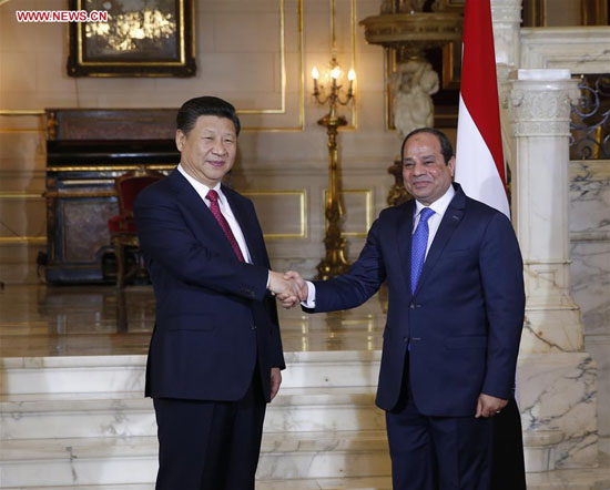President Xi Jinping (L) holds talks with Egyptian President Abdel-Fattah al-Sisi at Quba Palace in Cairo, Egypt, Jan. 21, 2016. [Photo/Xinhua]