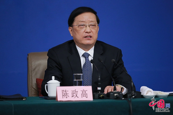 Minister of Housing and Urban-Rural Development Chen Zhenggao answers questions at a press conference on rebuilding shantytowns and real estate development on the sidelines of the fourth session of the 12th National People's Congress in Beijing, capital of China, March 15, 2016.