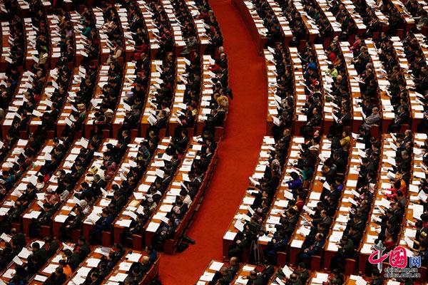 2016年3月5日,第十二届全国人民代表大会第四次会议在北京人民大会堂开幕。[中国网]