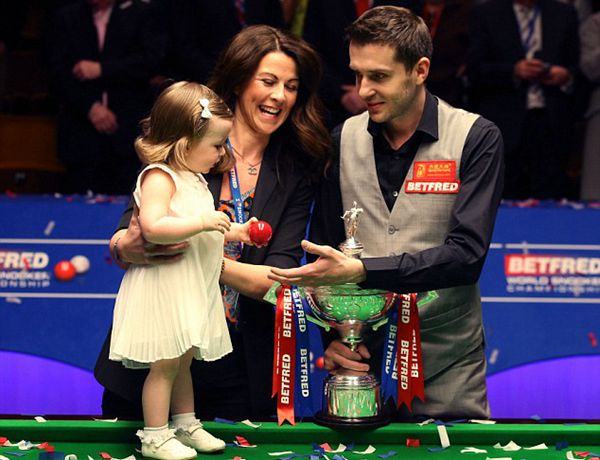 Selby edges Ding for second world crown - China.org.cn