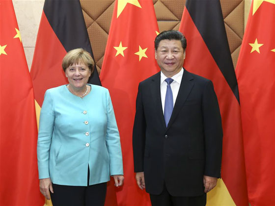 Chinese President Xi Jinping (R) meets with German Chancellor Angela Merkel in Beijing, capital of China, June 13, 2016. [Photo/Xinhua]