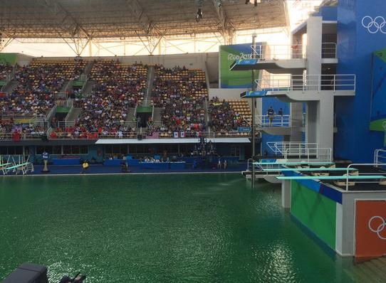 Green water in Rio Olympic diving pool draws suspicions