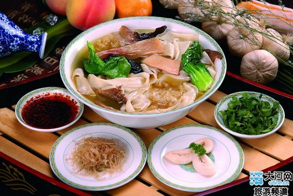 Stewed Noodles, one of the 'Top 10 renowned Chinese noodles' by China.org.cn.