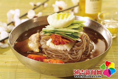 Cold Noodles, one of the 'Top 10 renowned Chinese noodles' by China.org.cn.