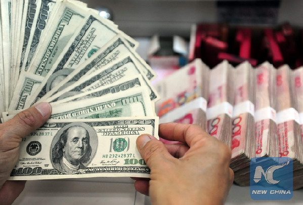 China foreign-exchange reserves drop as yuan pressures build