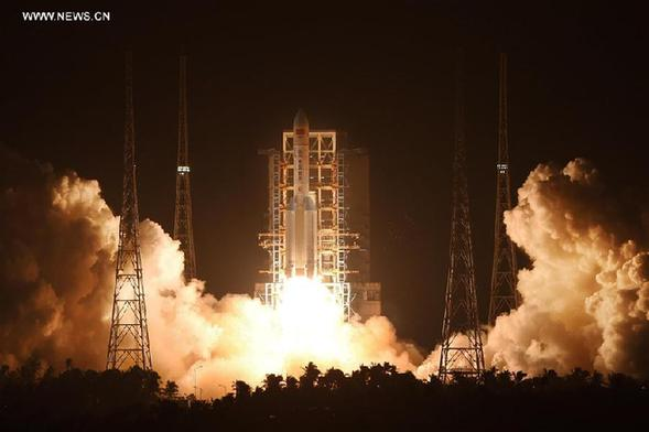China's brand-new heavy-lift carrier rocket Long March-5 blasts off from the Wenchang Space Launch Center in south China's Hainan Province, at 8:43 p.m. Beijing time, Nov. 3, 2016. [Photo/Xinhua]