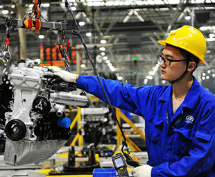 Manufacturers secure more financing