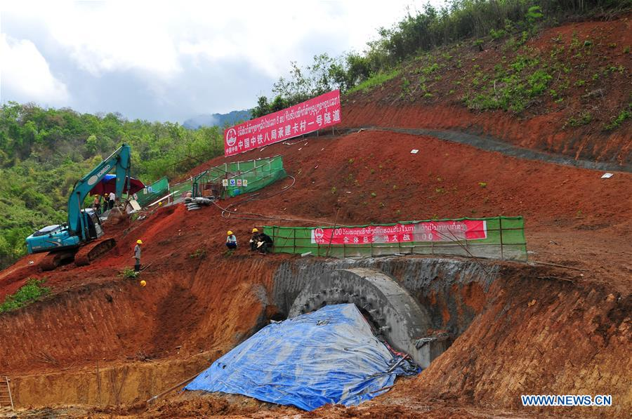China-Laos railway construction to bring progress to tropical area