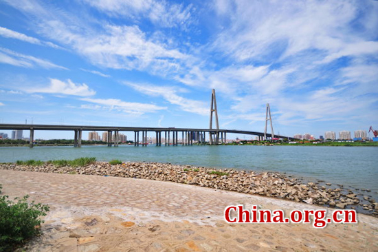 Tianjin, one of the 'top 10 attractive Chinese cities for foreigners in 2016' by China.org.cn.