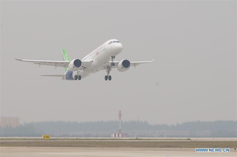 China's homegrown large passenger plane C919 takes off on its maiden flight in Shanghai, east China, May 5, 2017. (Xinhua/Ding Ting)