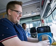 Hangzhou buses first to all use mobile pay