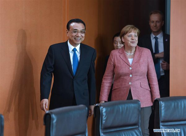 Chinese Premier Li Keqiang holds talks with German Chancellor Angela Merkel during an annual meeting between the heads of the two countries' governments in Berlin, capital of Germany, May 31, 2017. [Photo/Xinhua]