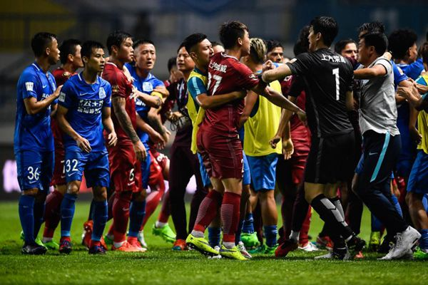 Oscar given 8 game ban for sparking China brawl