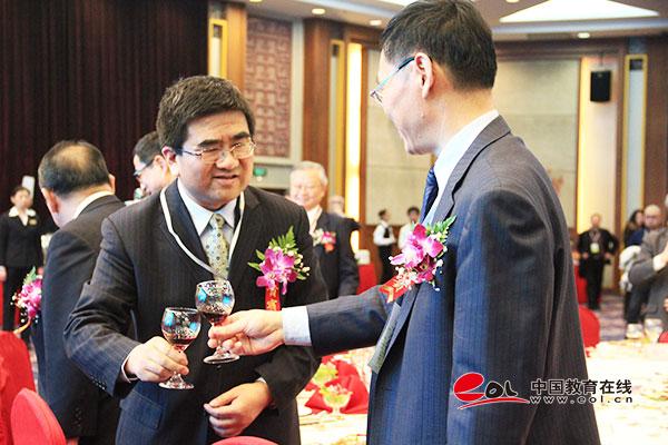 2015中日大学展在京举行 多项目促中日科技交流