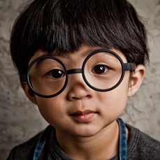 高清组图:囧囧有神的大眼睛 萌呆的小帅哥
