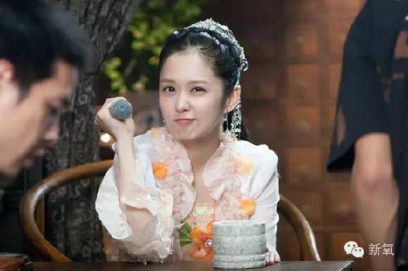 她是赵丽颖的偶像,35岁和15岁长一样图片