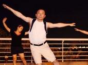 大叔跳广场舞被讥笑拍照 怕影像上网毁通信电缆