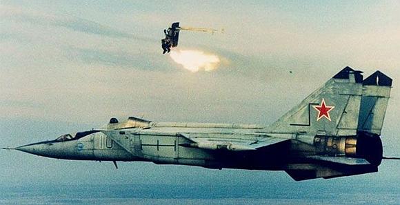 【兵器说】弹射座椅:战机上的'生命之翼'