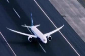 波音两架新客机巴黎航展前亮相