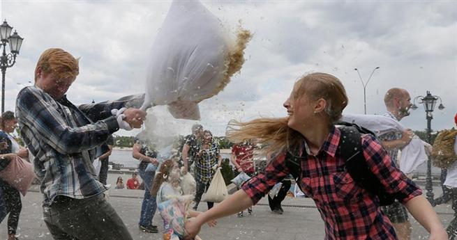Kissenschlacht in der Ukraine