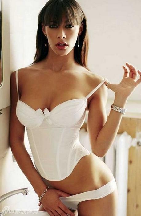 Desnudas Famosas celebridades y modelos desnudas