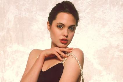 Sexy Angelina Jolie de 16 años