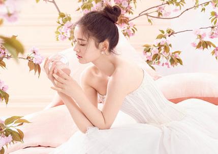 Nuevas imágenes de actriz Lin Yun