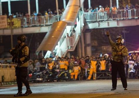 Estallido de bomba en capital de Indonesia deja dos muertos