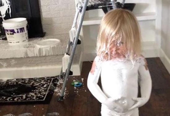 Imágenes graciosas que muestran lo que sucede cuando dejas a tus hijos solos